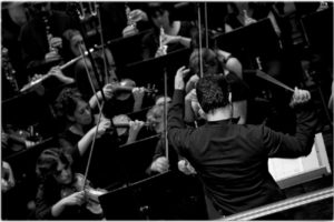 Concierto sinfónico: Sinfonía de la Alegría Bohemia