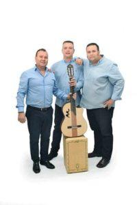 actuación musical Grupo Aljaraque