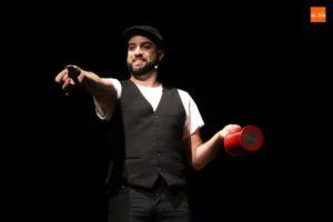 En La Cuchara Mágica espectáculo de MAGIA Y HUMOR