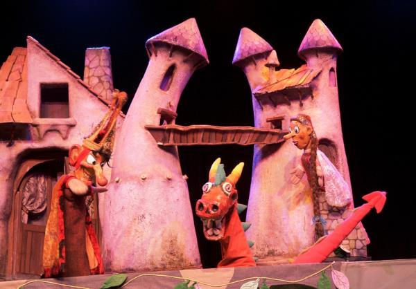 dragoncio teatro julian besteiro 2020