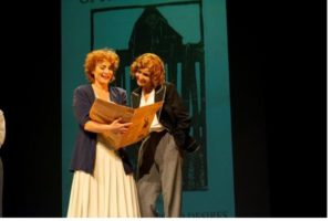 """Teatro """"UNA VIDA"""". EDNA. SOBRE EDNA ST. VINCENT MILLAY"""