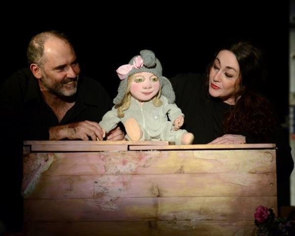 """Teatro familiar """"ROSA CARAMELO"""" en el TEATRO JULIÁN BESTEIRO"""